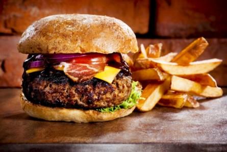 3 lugares para comer o melhor hambúrguer da Califórnia